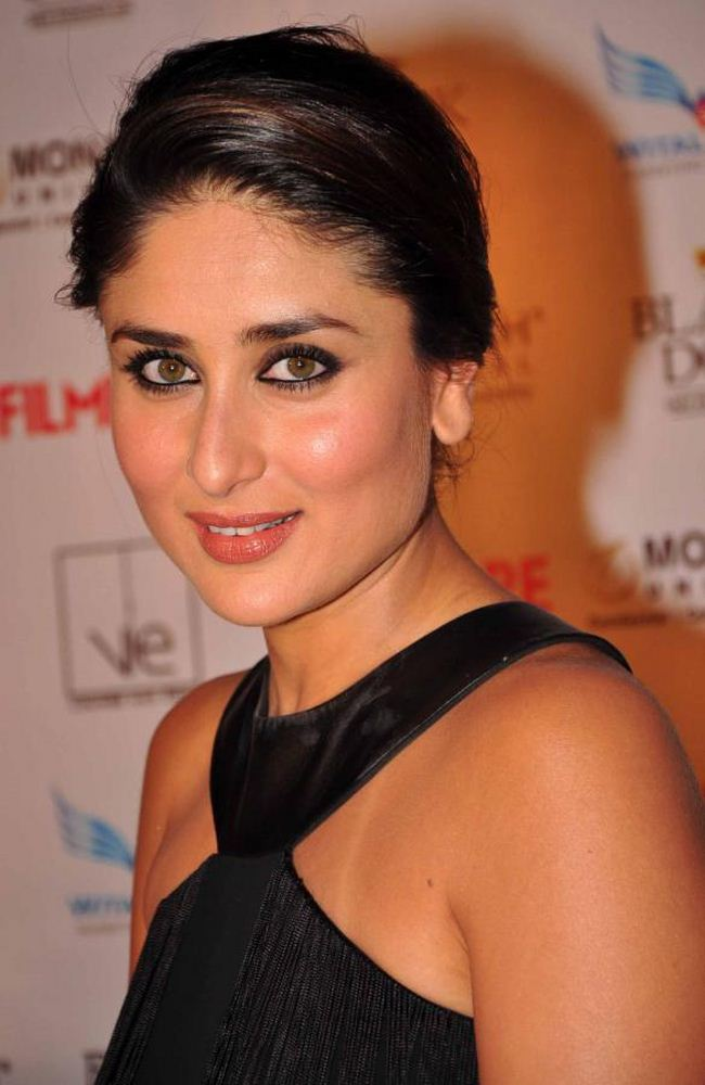 Kareena Kapoor Latest Photos In Black Dress Tollywood Stars