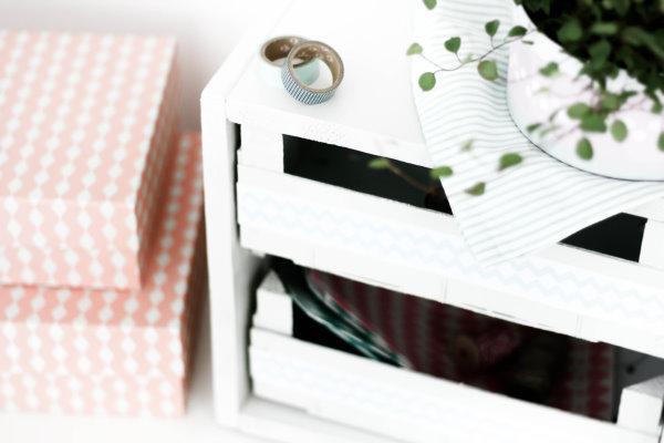 Aus groß wird klein: DIY Regal für mehr Ordnung
