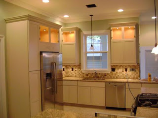 Offwhite Kitchen Cabinets