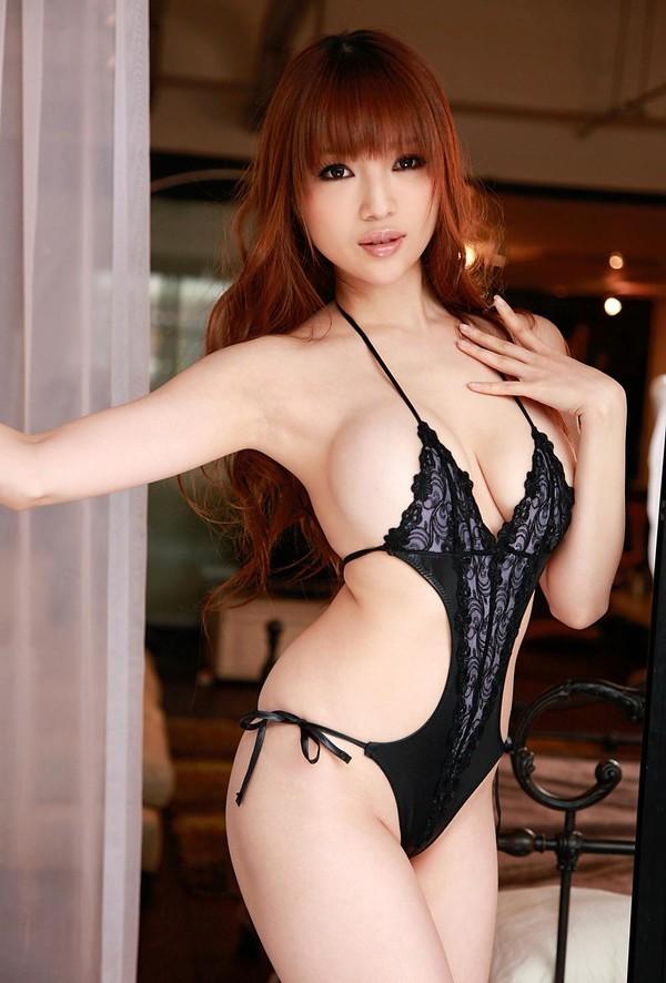 Yuri Morishita người mẫu ngực khủng nhật bản 3
