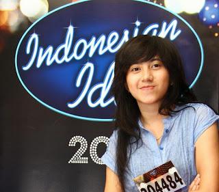 Salah satu Peserta Indonesian Idol  2012 - Non Dera