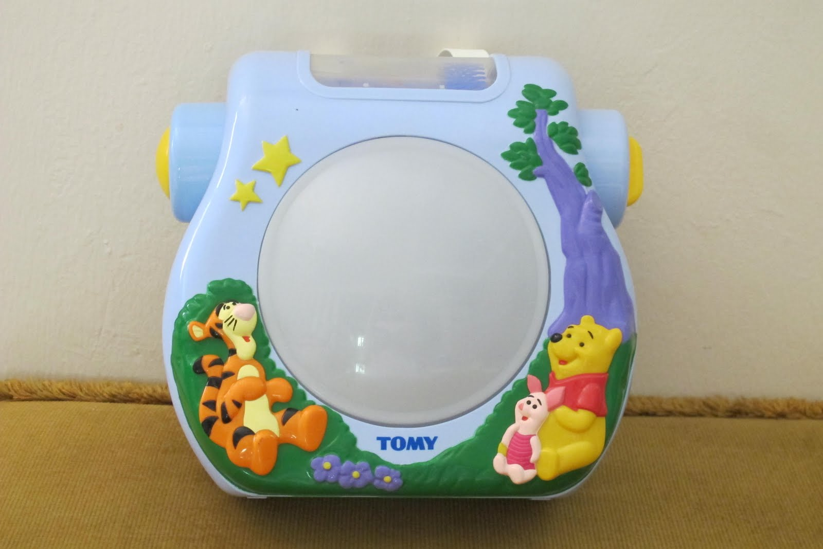 My baby world tomy winnie the pooh sweetdreams musical light show tomy winnie the pooh sweetdreams musical light show mozeypictures Image collections