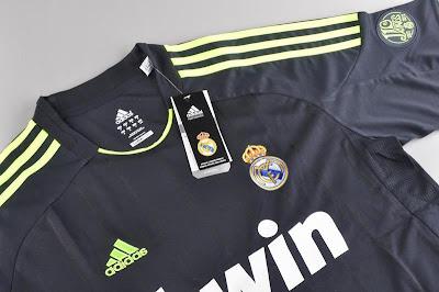 Real Madrid Away Hitam 2013