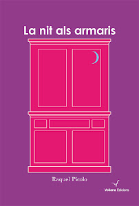 La nit als armaris