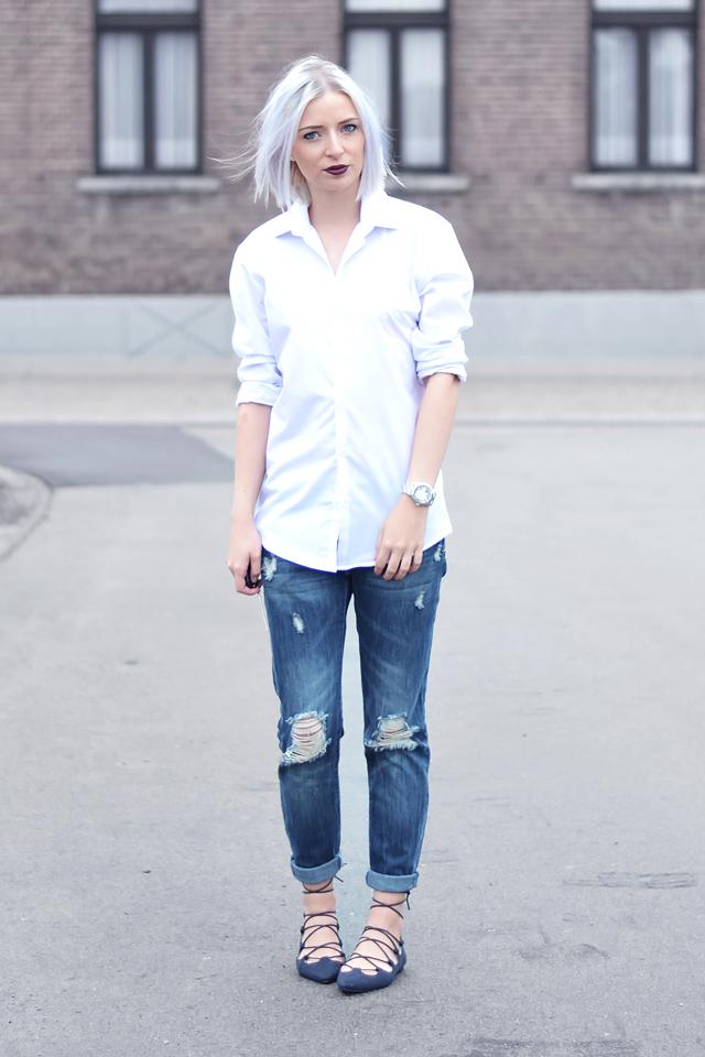 Ootd, outfit, basic, white shirt, primark men, boyfriend jeans, primark, ripped jeans, lace up flats, ebay, ballerinas, dark lipstick, etos park diva