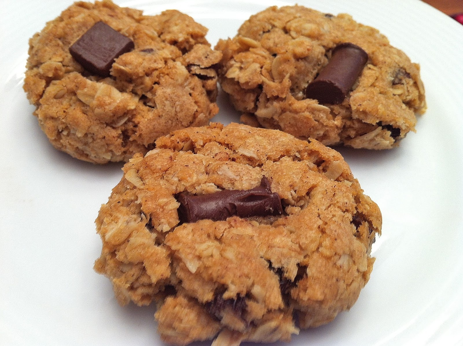 Free Allergy Recipe: Oatmeal Raisin Cookies - EBL Food Allergies