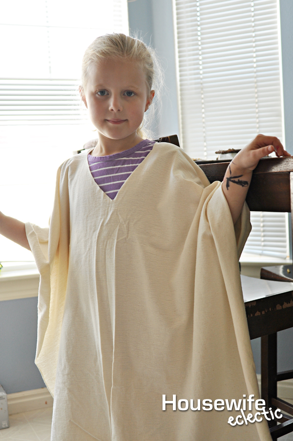 Easy No-Sew Jedi Costume - Housewife Eclectic