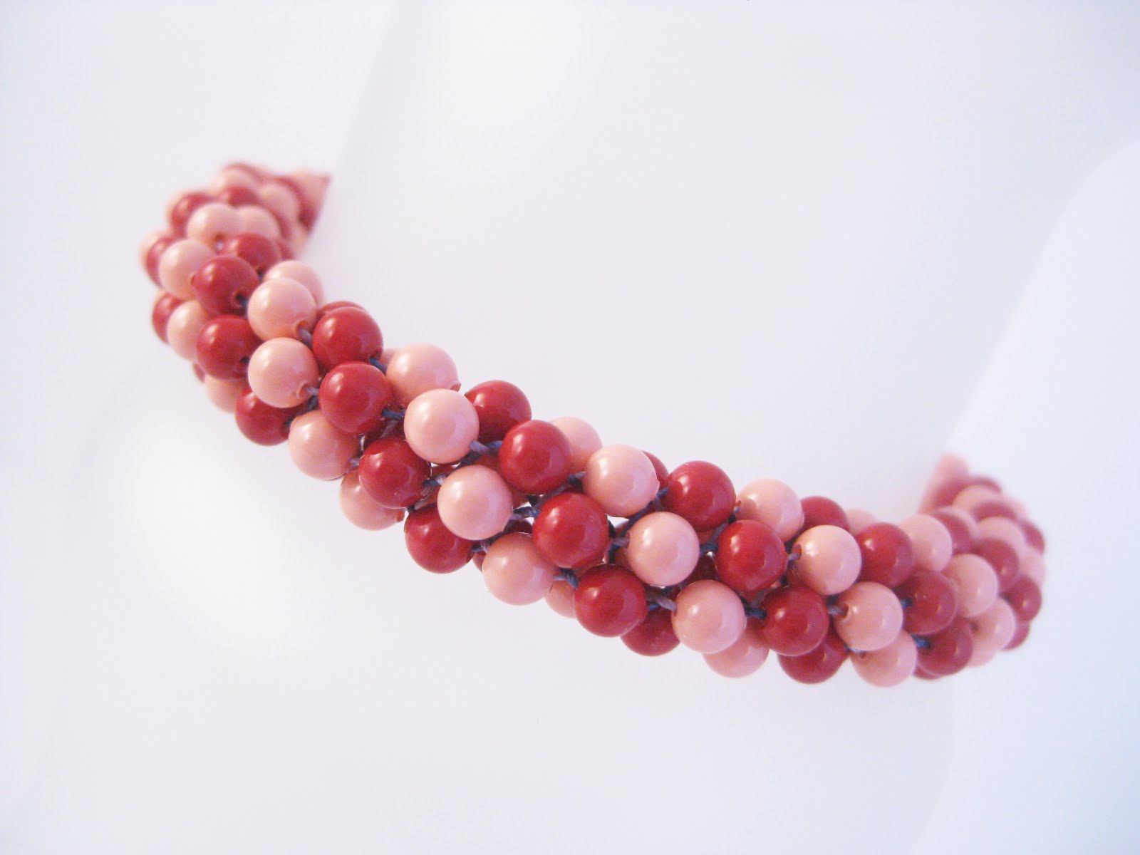 Red/Pink Coral Pearl Kumihimo Bracelet