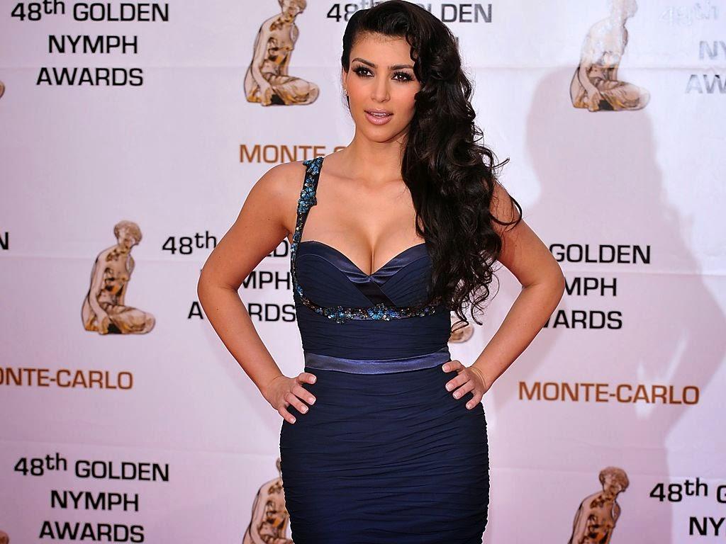 """<img src=""""http://1.bp.blogspot.com/-9DlQzcWPRsI/Ut5-5Lp1xMI/AAAAAAAAJnQ/TiDD89O16WY/s1600/beautiful-kim-kardashian.jpeg"""" alt=""""kim kardashian"""" />"""