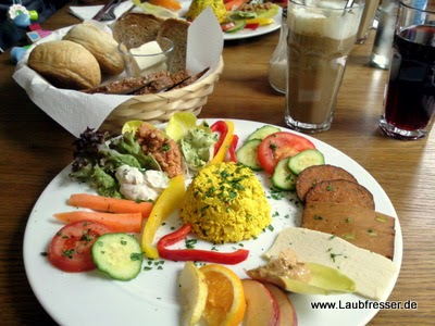 vegane restaurants in hamburg vegane rezepte auf laubfresser. Black Bedroom Furniture Sets. Home Design Ideas