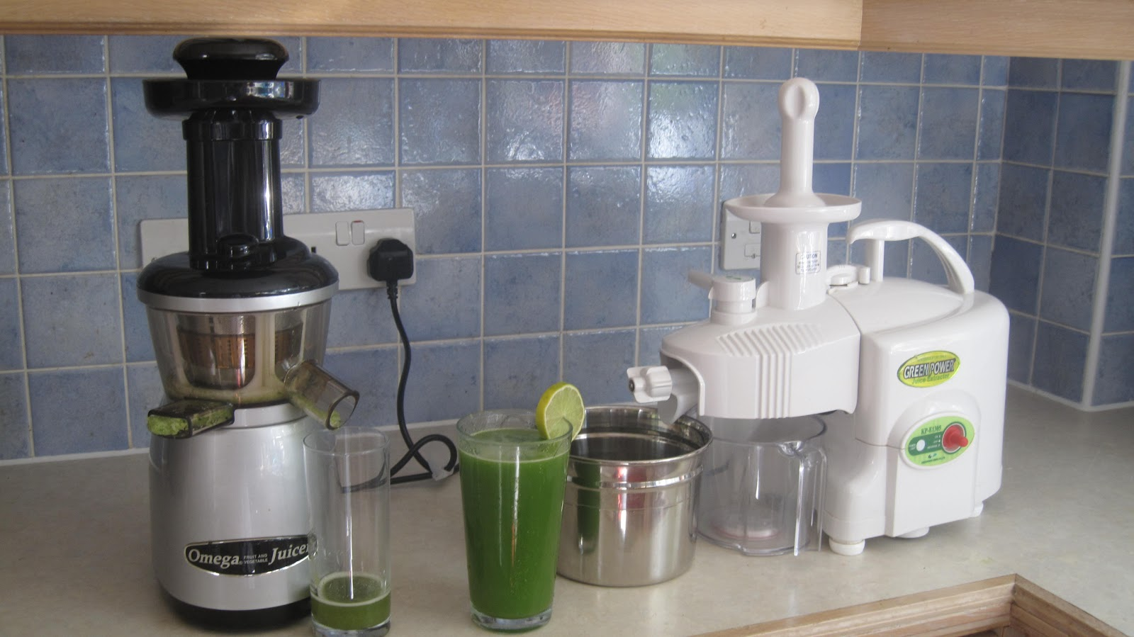 Matstone Masticating Juicer Reviews : Auger valve Image: Double Auger Juicer
