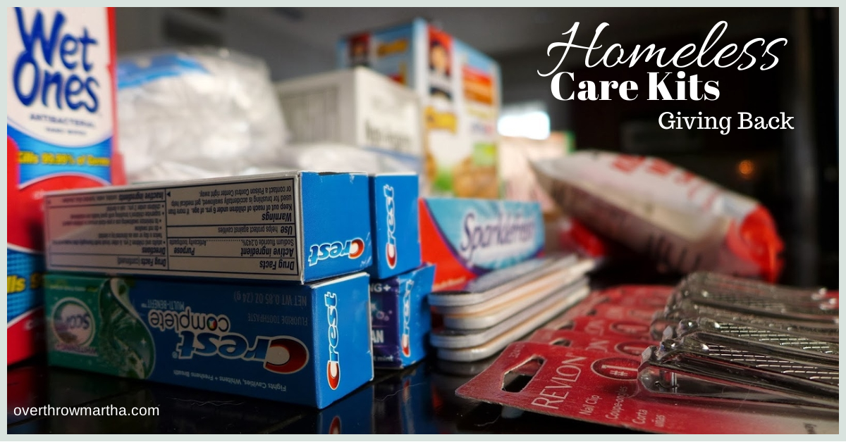 Homeless Care Kits #givingback #randomactsofkindness #DIY