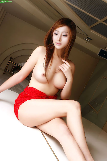 korean hot naked girl