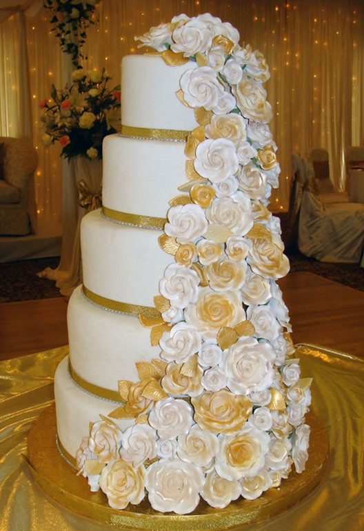 unique yellow wedding cakes
