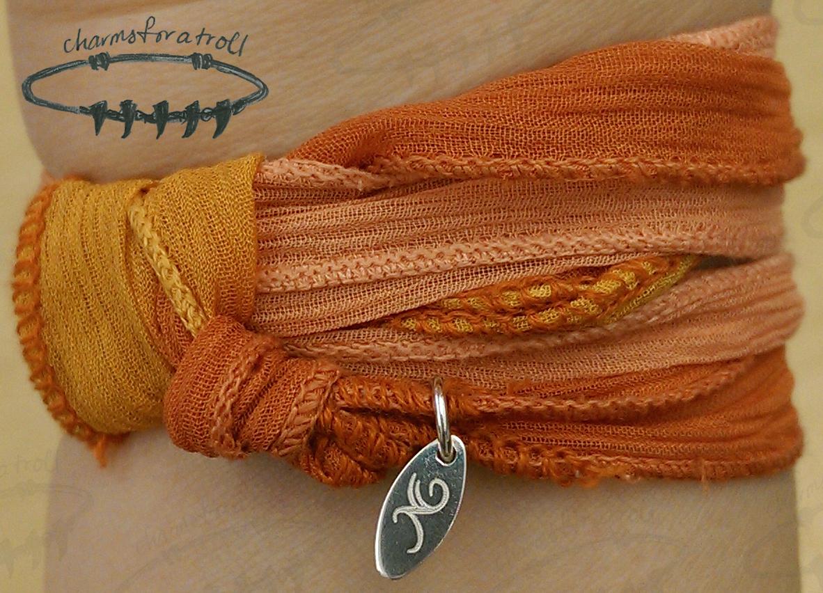 Novobeads Pumpkin Silk Wrap
