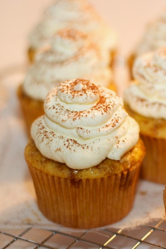 tiramisu cupcakes with mascarpone frosting | a cup of mascarpone