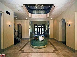 The Hall-Tuscan Home Decorating Ideas, Tuscan Home Decorating Photos, Tuscan Home Decorating Design