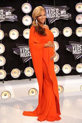 10 Best Fashion at MTV VMA 2011: Beyonce