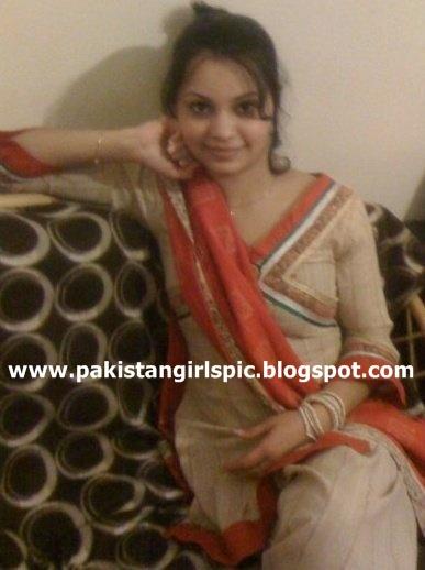rahimyar khan single asian girls Single shirt printed: shirt  rahimyar khan model town tel: 068-5879100-3 mandi bahauddin  girls college road, sahiwal larkana word c, .