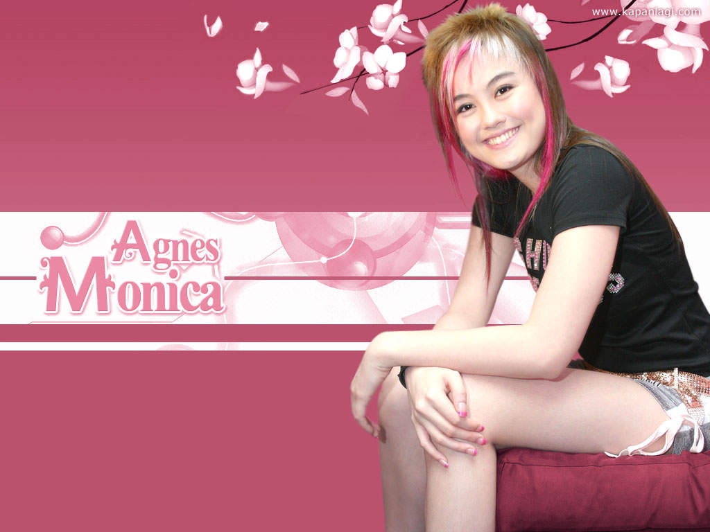 Free Wallpaper, Artis dan Penyanyi Cantik: Agnes Monica