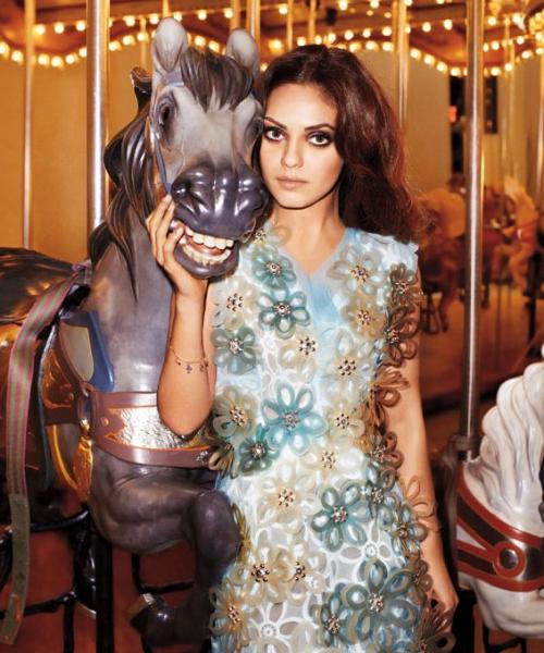 Mila Kunis, haute couture Harper's Bazaar