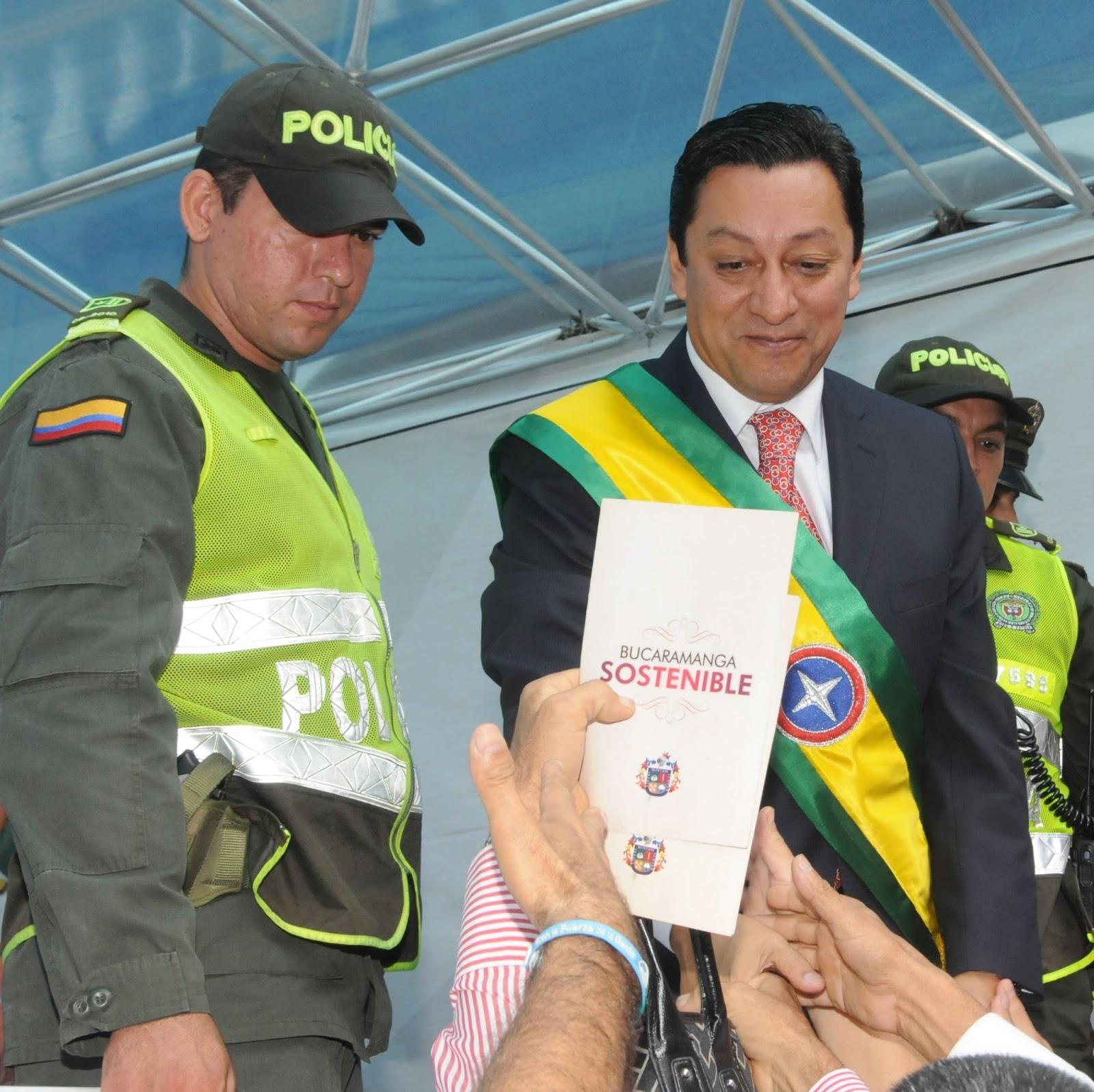 Qué tanto cumplió el alcalde Luis Francisco Bohórquez Pedraza lo que ...