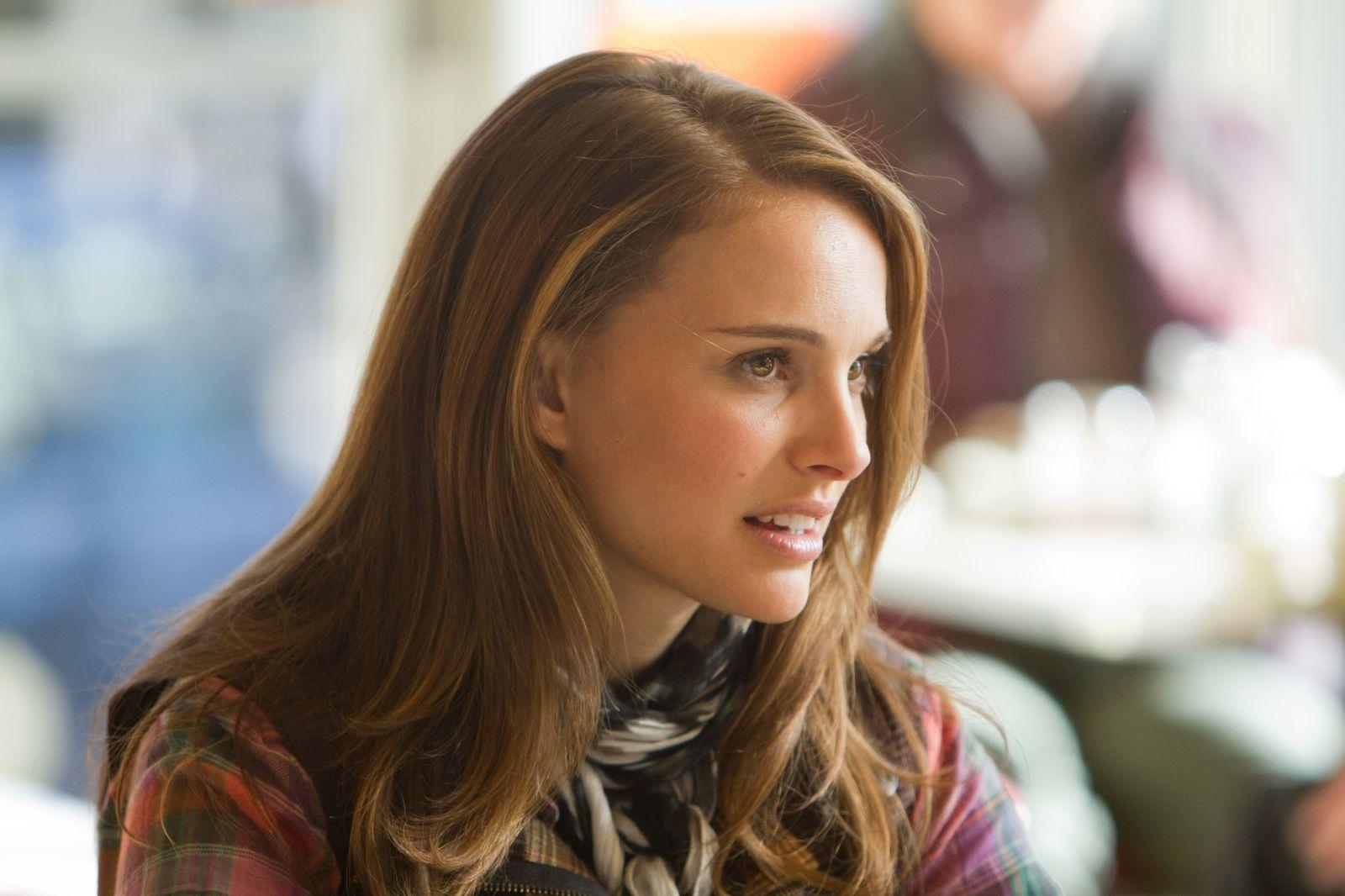 Natalie Portman Thor Movie Wallpaper HD