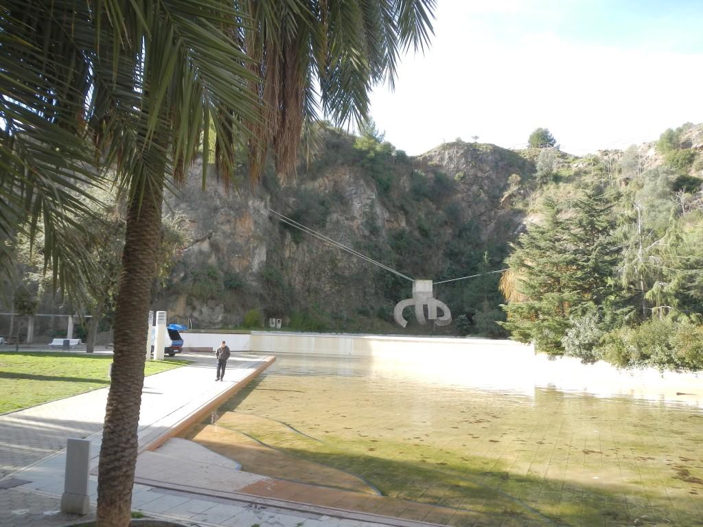 Parc de la creueta del coll barcelona travelfamilybox for Piscina creueta del coll