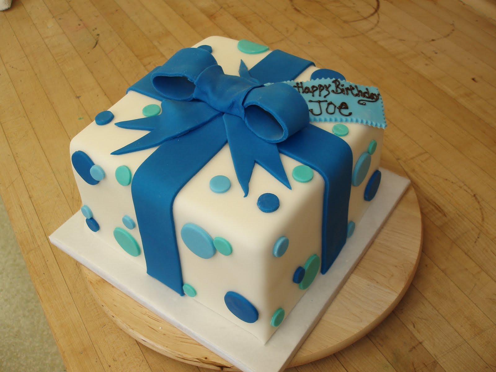 The Solvang Bakery Gingerbread Company Present Birthday Cake