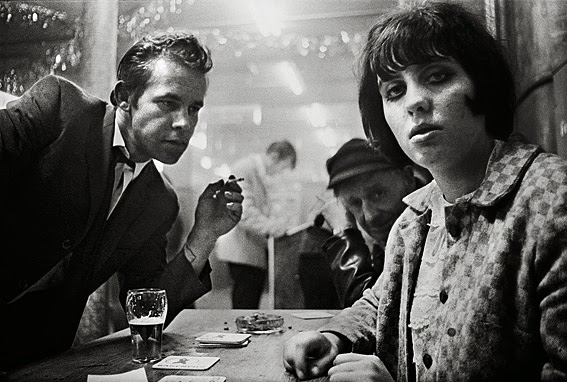 nuncalosabre.Cafe Lehmitz - Anders Petersen