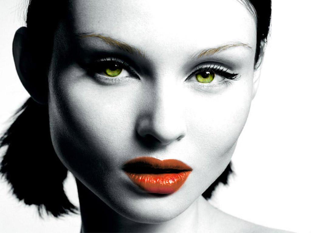 http://1.bp.blogspot.com/-9GG6x5cxt_8/TatCmVHs7SI/AAAAAAAAAKI/-FXYZ_QnSGs/s1600/Sophie%20Ellis%20Bextor.jpg