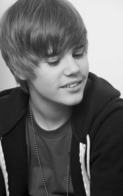 Biography Justin Bieber on Justin Bieber Biography   Fanpixx   Bloggers