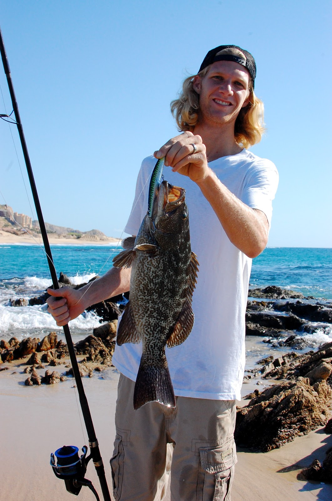 Socal fish n tips cabo san lucas surf fishing trip for Surf fishing san diego