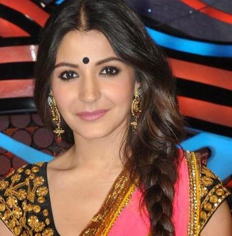 Anushka+Sharma+Spicy+Hot+Photos+In+Gorgeous+Saree011