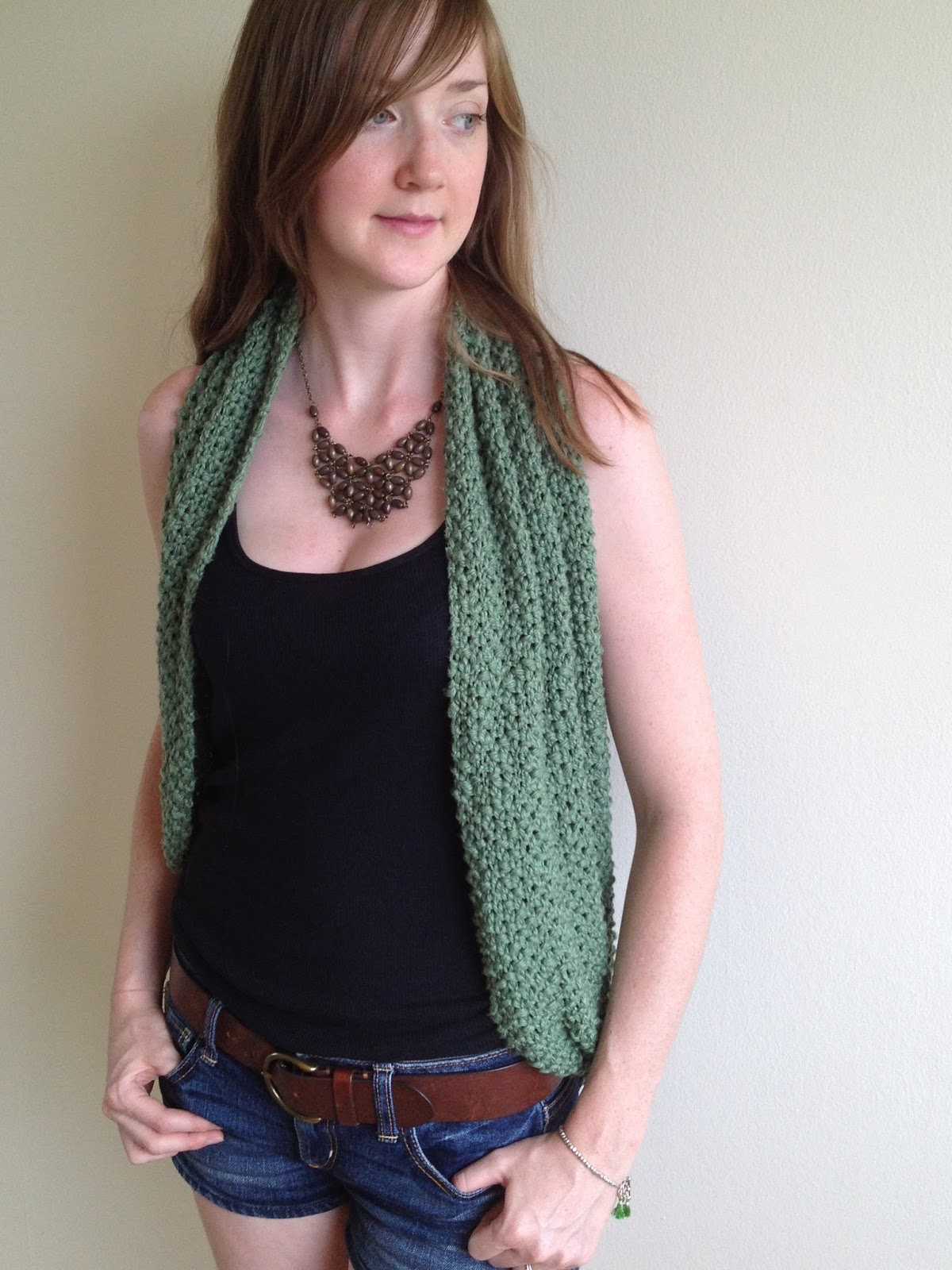 21 ways to wear an infinity scarf styles weekly