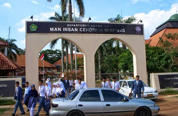 contoh sekolah berasrama di indonesia