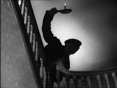 pictured below still from the Alfred Hitchcock film Number 17