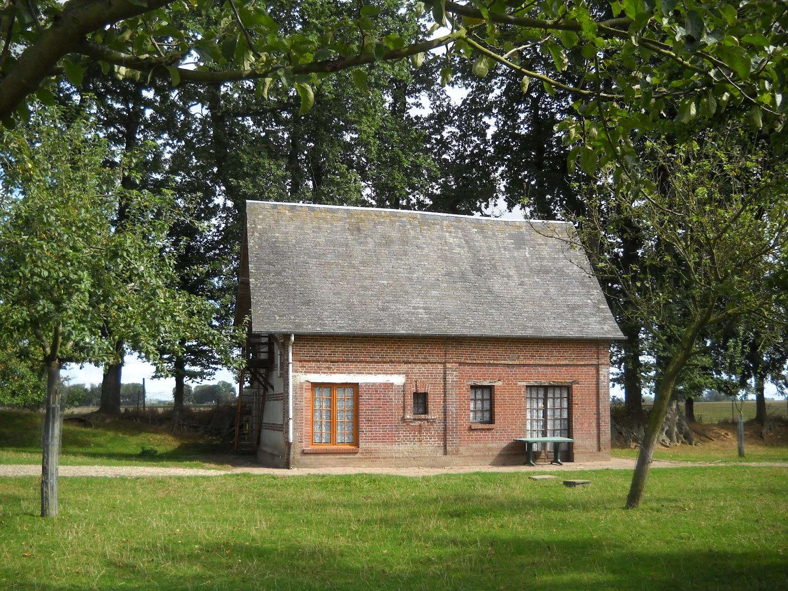 Danse qui vive - Laurent gerra cabane au fond du jardin ...
