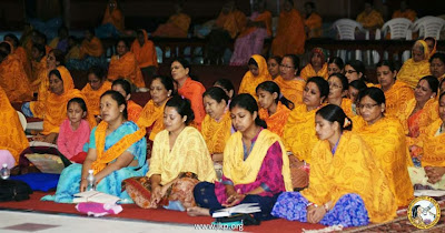 Sadhana Shivir program 2013 with Jagadguru Kripalu Ji Maharaj in Bhakti Bhavan, Mangarh
