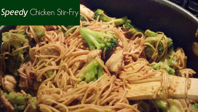 Speedy Chicken Stir-Fry cheap & easy meal to put together on busy nights. #Recipe found on #crazylou. #chicken #pasta #stirfry #broccoli
