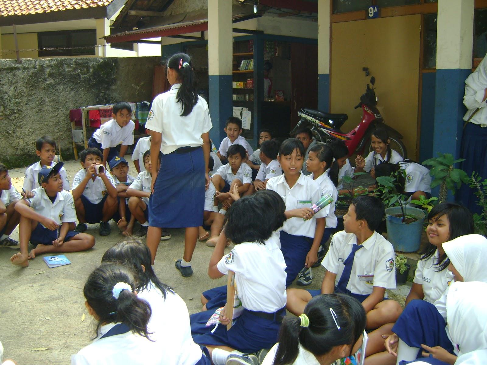 Kurikulum 2013 SMP/SMA Jumlah Mata Pelajaran Akan Dikurangi