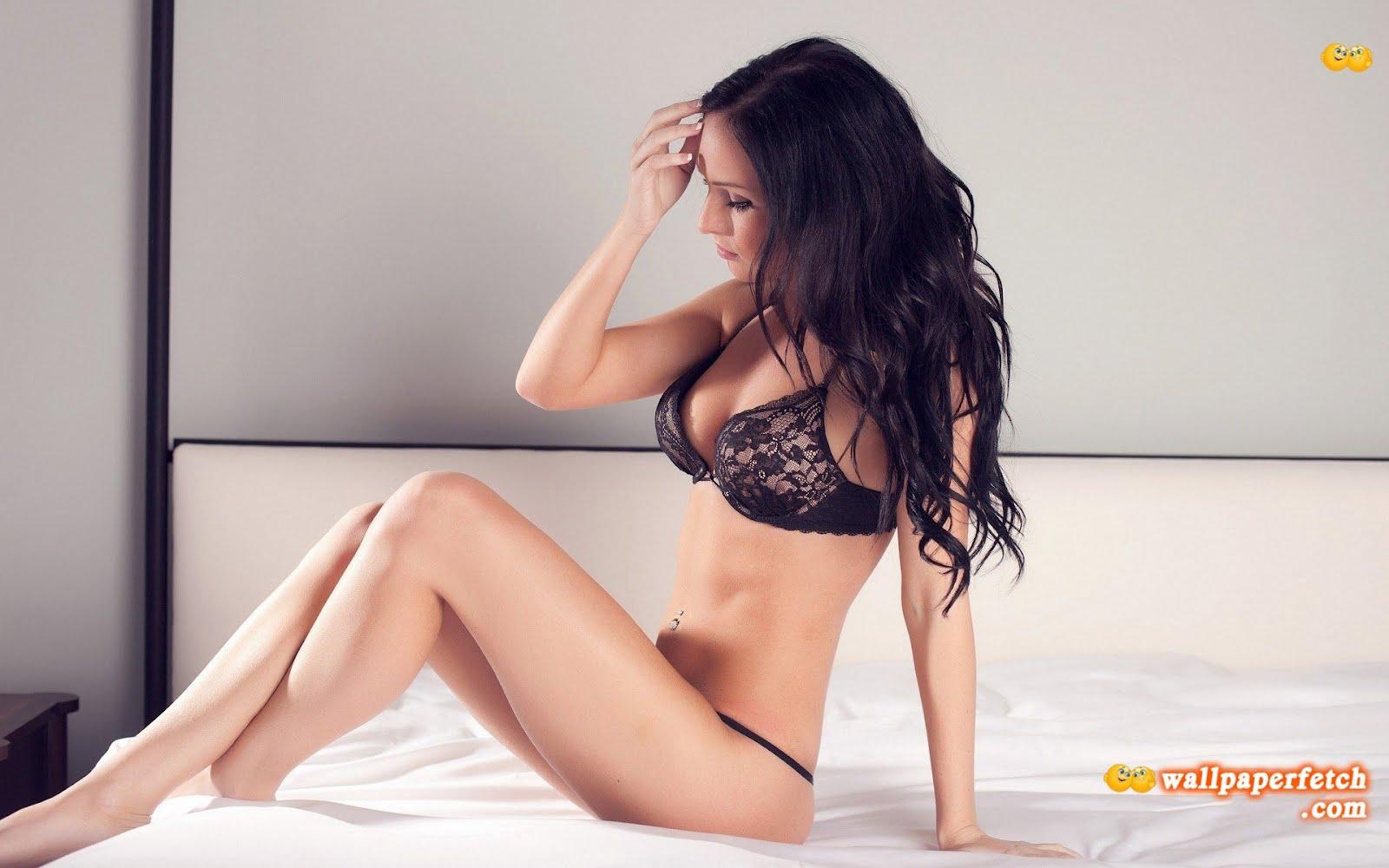 http://1.bp.blogspot.com/-9HVbKPlq_Pc/UC6e2UVTnkI/AAAAAAAANhM/mK4En1wkePk/s1600/lingerie-girl-211140.jpg