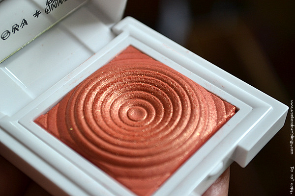 Sephora Pantone Color Year Prisma Chrome Blush Apricot Brandy 2012 Makeup Collections Swatches Reviews Looks FOTD beauty Blog
