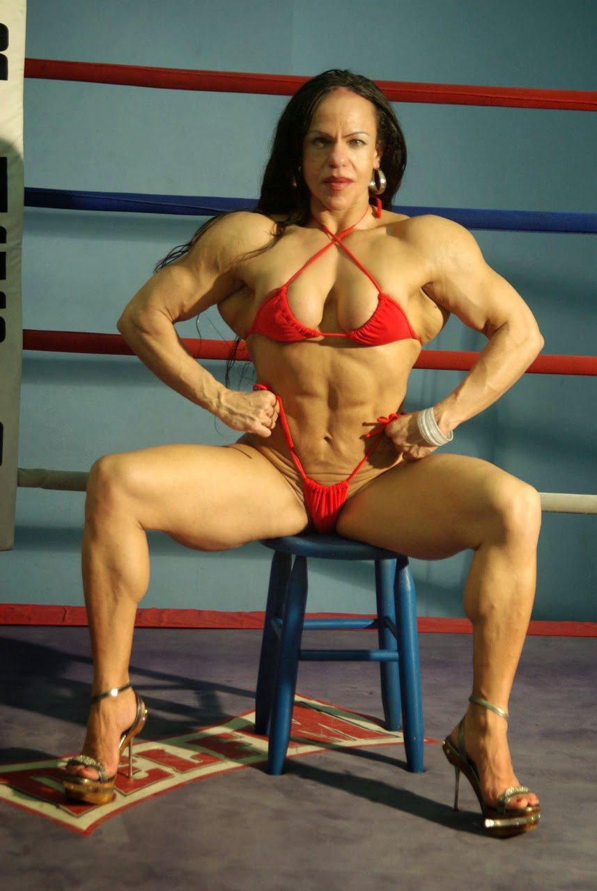 bodybuilding women in beach xxx