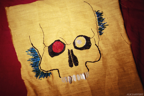 aliciasivert, alicia sivertsson, devil, djävul, skull, skalle, dödskalle, death, död, embroidery, needlework, stitch, craft, crafty, handicraft, hantverk, handarbete, pyssel, skapa, levande verkstad, broderi, brodera