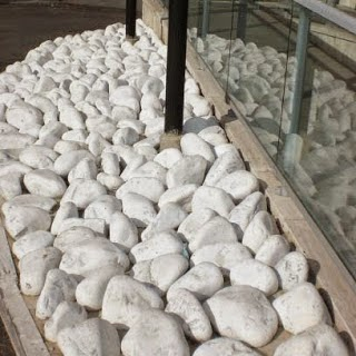 Ciottoli e sassi da giardino bianco carrara porfido ticino - Ciottoli bianchi da giardino ...