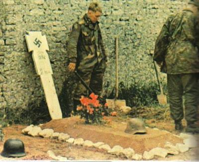 Les tenues allemandes en camouflage italien. Gra