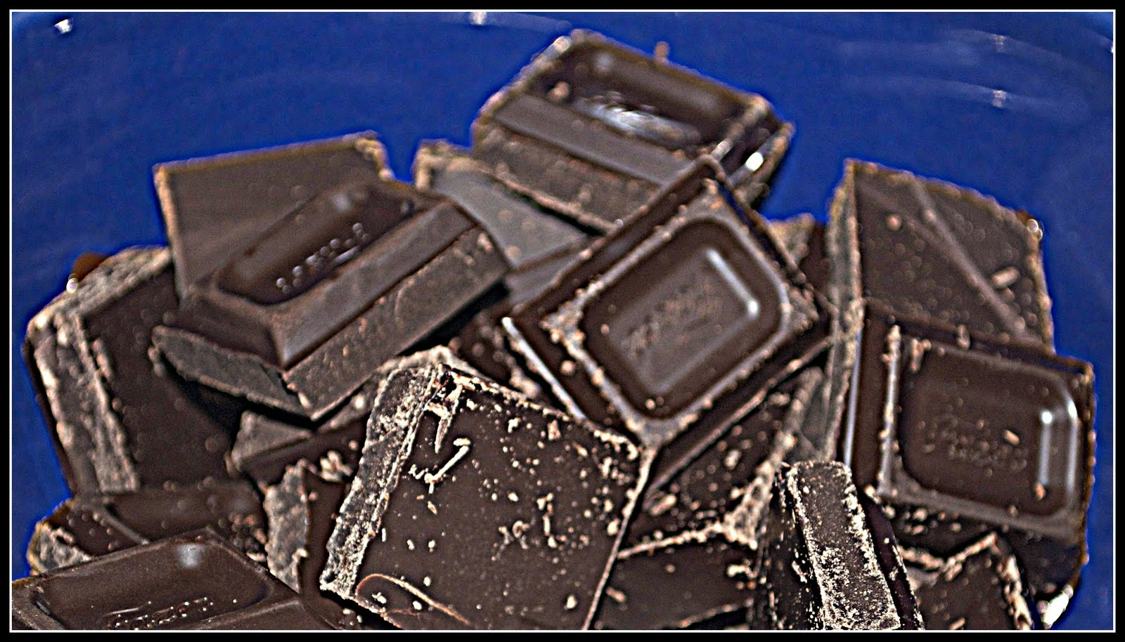Step1. You need to put the chocolate in small pieces to heat in a bain ...