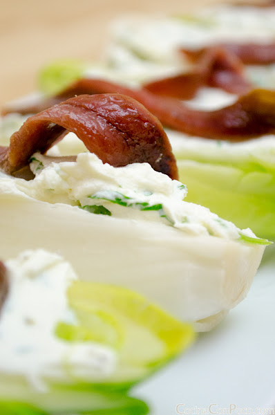 Endivias con queso y anchoas - Receta facil