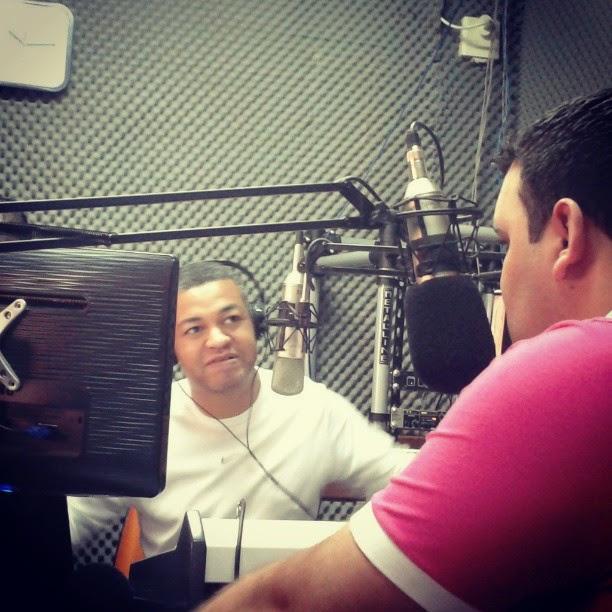 ENTREVISTA PARA A NACIONAL GOSPEL 100.5 FM MANDAGUARI/PR